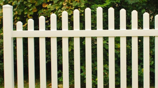 White Plastic Garden Fencing Vinyl PVC Picket Fence